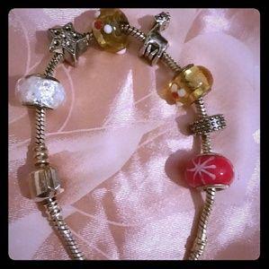 Jewelry - Pandora like charm bracelet with giraffe star